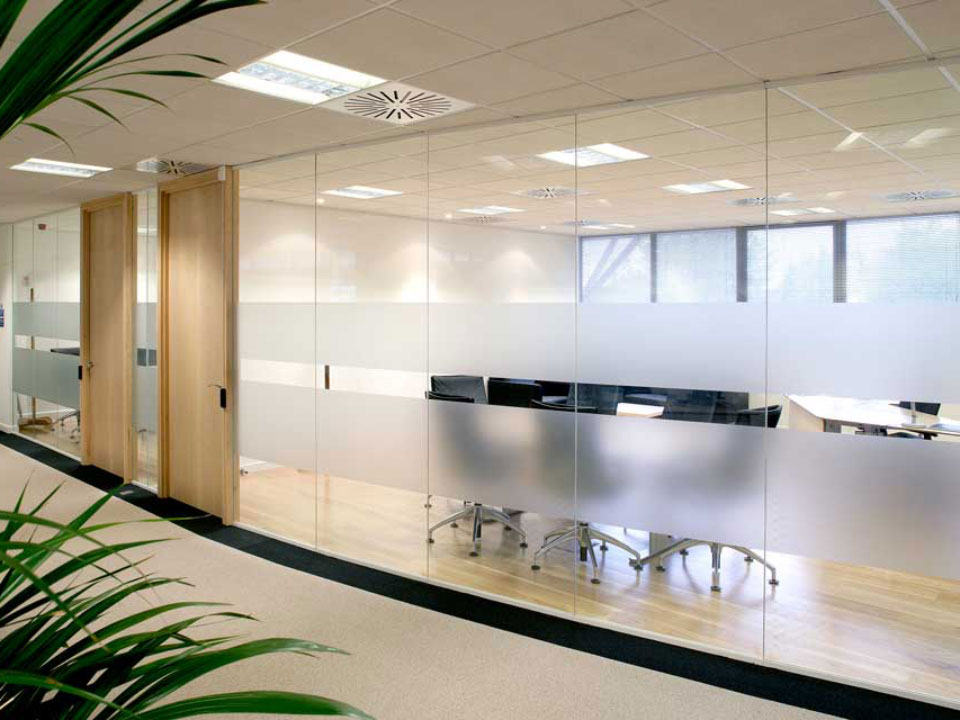 single glazed partitions are unobtrusive and completely customizable