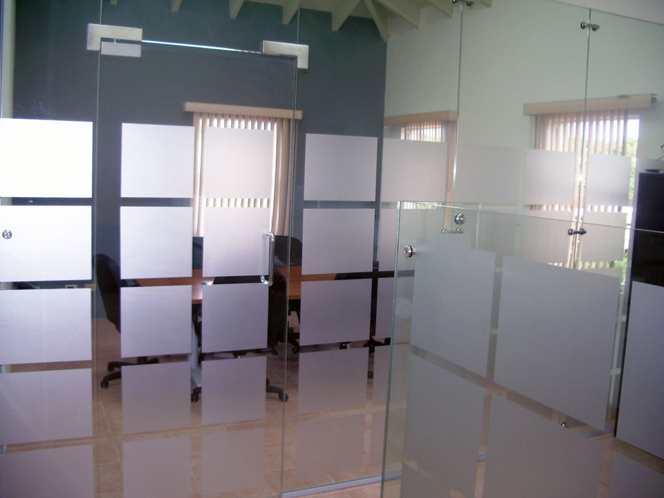 Elite Free Standing Glass Wall Dividers