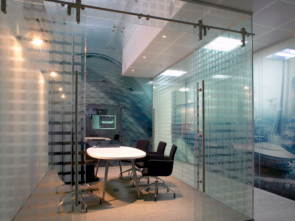 Hanging sliding glass doors panels avanti systems Office partition walls with doors