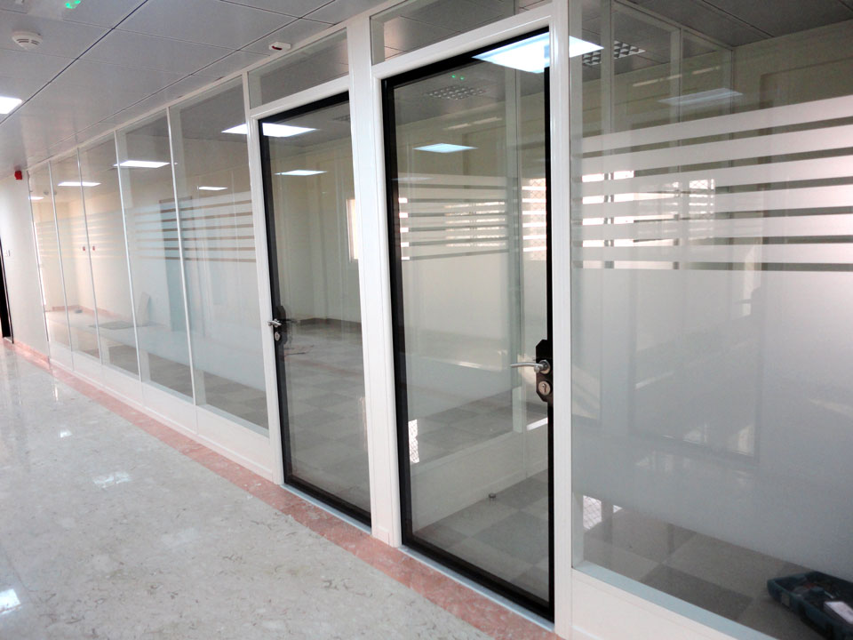 Infinity doors double glazed glass doors avanti for Double glazed glass panels